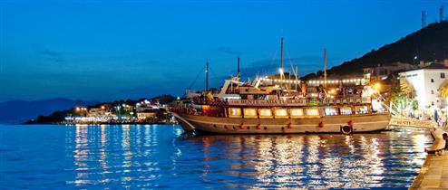 Çeşme, Çeşme Rehberi, Çeşme Otelleri, Çeşme Restoranları